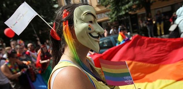Kvůli homosexuálům vyžadujícím respekt došlo v rádiu na drsná slova proti katolické církvi i Čunkovi