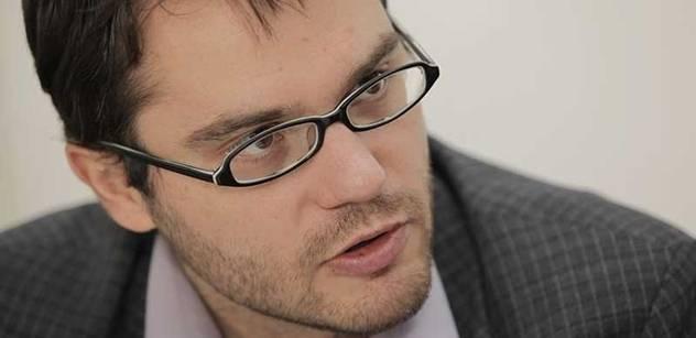 Rath přitížil ČSSD, míní poslanec Polčák. Hovoří i o podezřelých sms zprávách