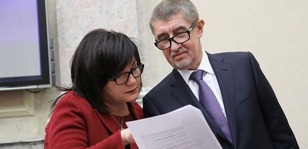 Ministerstvo financí už má zprávu OLAF, výsledky zatím nezveřejní. Chce posoudit, jak to má udělat
