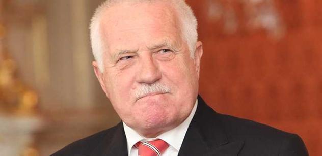 Senát schválil žalobu na prezidenta Klause pro velezradu