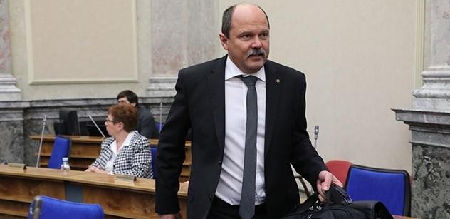 Ministr Milek: V boji s kůrovcem bránila vyhláška 101. Už byla změněna během dvou a půl měsíce