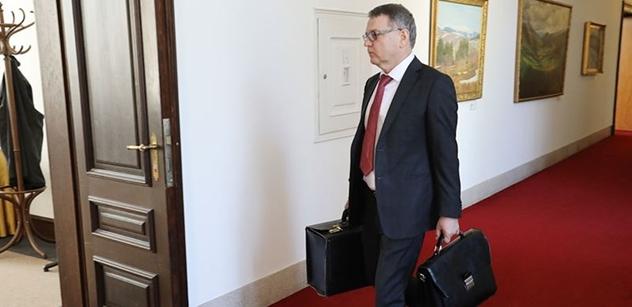 To je absurdní! Ministr Zaorálek se obul do redaktora ČT