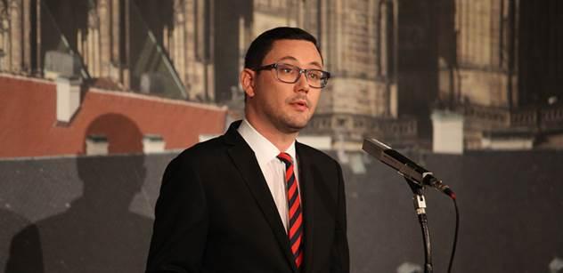 Jiří Brady: Pane Vlčáčku, mluvte pravdu. Dostal jsem tolik medailí, že se to nedalo vydržet