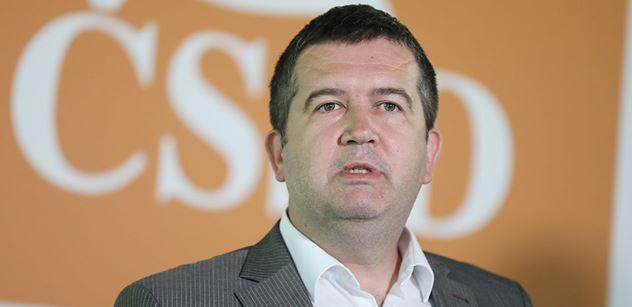 Ministr Hamáček: V bezpečnostních sborech se nebudou dále rozevírat platové nůžky
