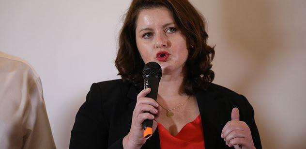 Ministryně Maláčová: Neskutečně se těším ven, na čerstvý vzduch a mezi lidi