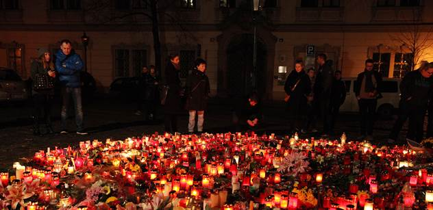Francie už zná totožnost třetího atentátníka z klubu Bataclan