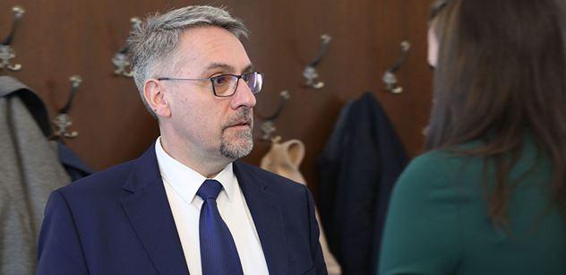 Ministr Metnar: Působení zahraničních zdravotníků bude představovat cennou pomoc