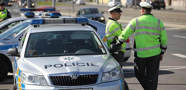 Nelegální migranti neprojdou. Policie vyčlení pro kontroly hranic s Rakouskem 720 příslušníků