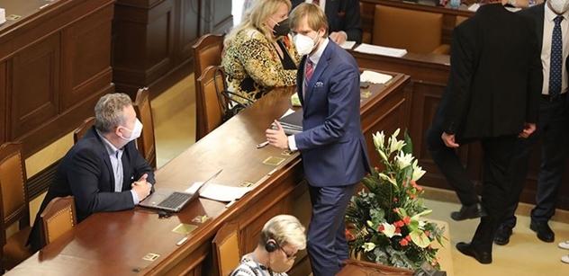 """Návrat ministra Vojtěcha do Sněmovny a bouře na klubu. """"Hlavně to neříkat Babišovi, ´eště se v tom bude nimrat!"""""""