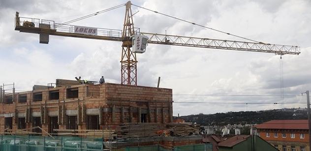 Ministerstvo: Ztráta z paralýzy stavebních úřadů může být 204 mld.