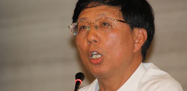 Hongkong, dalajláma, Ujgurové, lidské orgány, Aj Wej-wej. Tohle se moc líbit nebude, ale máme hlas z Číny. Hovoří přímo tamní expert na lidská práva
