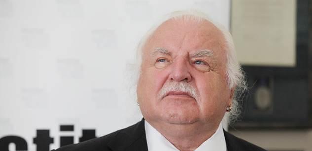 Milan Knížák: Zatím ještě nežijeme v monarchii