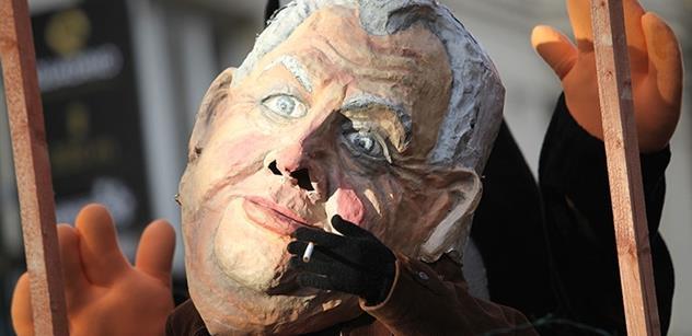 Politici kritizují Zemanův projev. Připomínal mi kampaň, vzkazuje Bělobrádek. A poslanec TOP 09 zhnuseně odešel