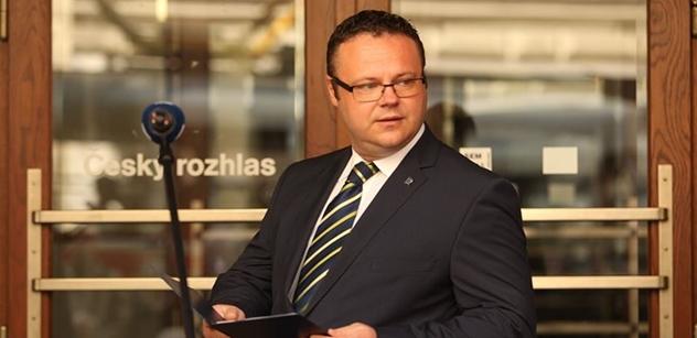 """Ústav nezávislé žurnalistiky"" opět v akci. Teď už ne jen Xaver. Hrozí soud"