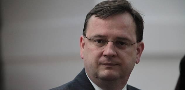 Premiér Nečas: Koho kritizuje Evropská komise?