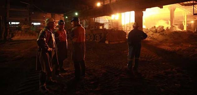 Sobotka a Mládek budou dnes jednat s magnátem Mittalem o ekologizaci ostravské ocelárny