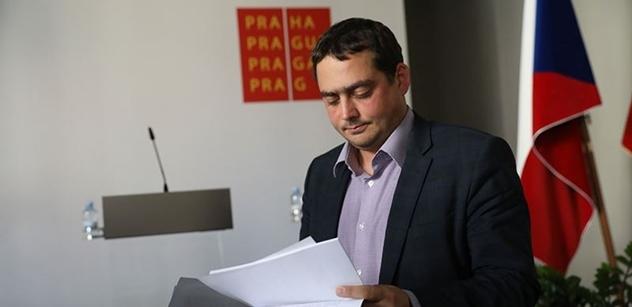 Dolínek (ČSSD): Být členem politické strany je jako být prašivý