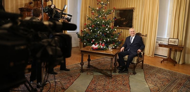 Projev státníka, klobouk dolů. Takového prezidenta budou normální lidé volit, zhodnotil expert Vánoční poselství