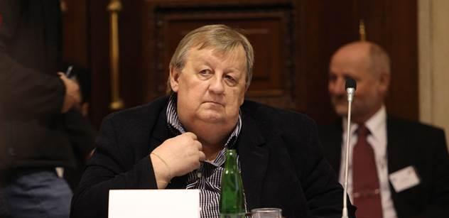 Zástupce soukromníků Baránek: Rusové jsou největší lháři na světě, naši politici se chovají jako Švejci. Zeman si nejspíš v Moskvě odskočí políbit Vladimíra Iljiče