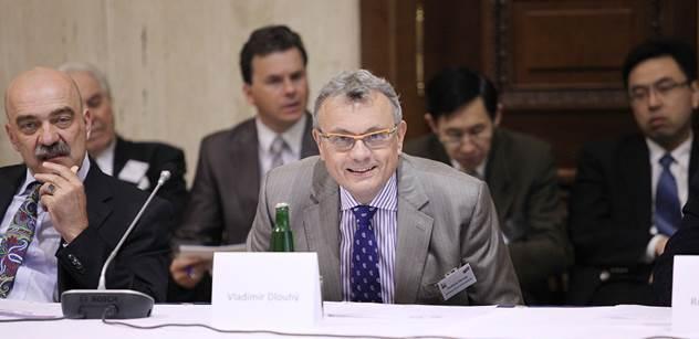 Vladimír Dlouhý vyjmenoval klady TTIP. Nestrašme Amerikou, nebuďme z ní podělaní, zaznělo též