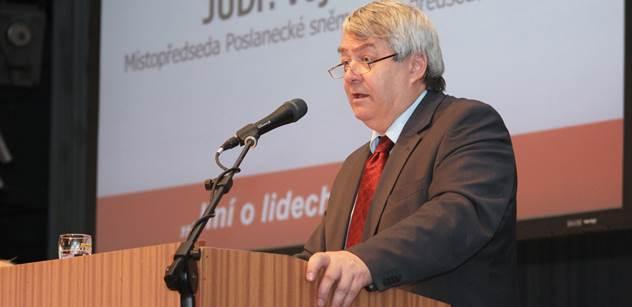 Filip (KSČM): Stát by měl postupovat ve prospěch věřitele, ale s ochranou práv dlužníka