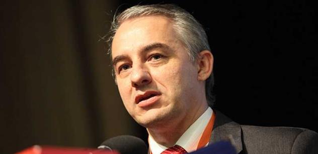 Nový šéf odborů: Kdo vyvádí peníze do daňových rájů, krade