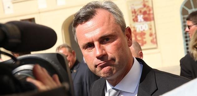 Šéf rakouské FPÖ chce, aby jeho země vstoupila do visegrádské skupiny. Vidí v ní protipól Merkelové