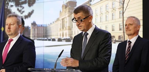 """Režisér Adamec pro PL prozradil, jak se zachovali někteří """"přátelé"""", když jeho žena přijala nabídku dělat mluvčí Babišovi"""