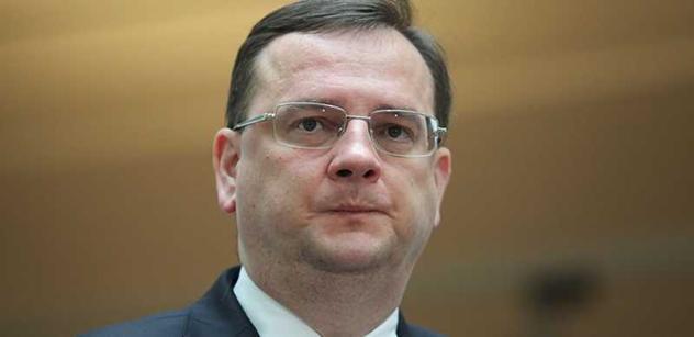 Ministrem obrany by mohl být velvyslanec Jindrák