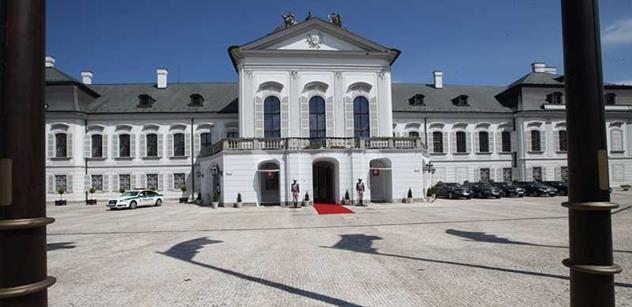 Andrej Kiska se dnes oficiálně stává slovenským prezidentem