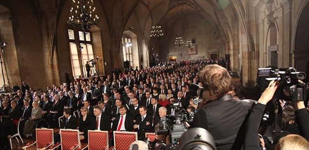 Zeman poprvé předá vysoká státní vyznamenání
