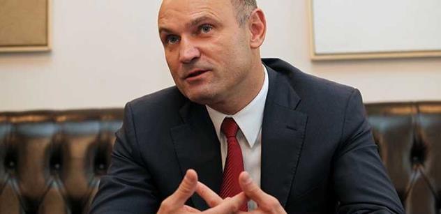 Úder Ištvanovi, čerstvá zpráva komise, dozvuky svržení Nečasovy vlády: Ivan Langer vydává přes PL zásadní výzvu