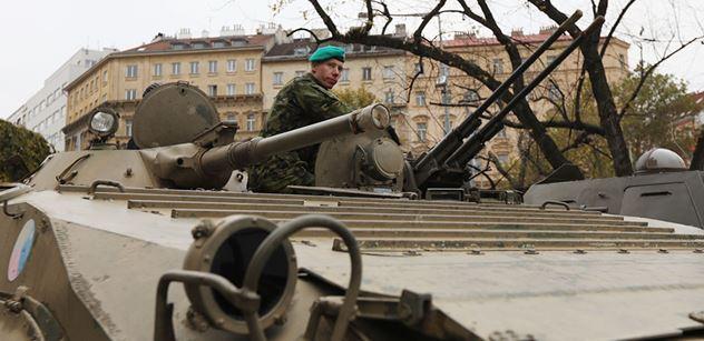 Je už dohoda o nákupu bojových vozidel pěchoty dávno upečená?
