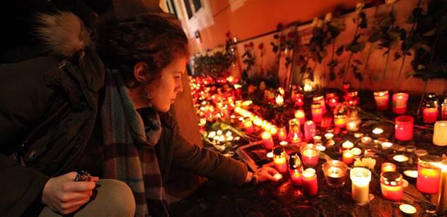 Památku obětí islámských radikálů dnes v ulicích francouzských měst uctily desetitisíce lidí