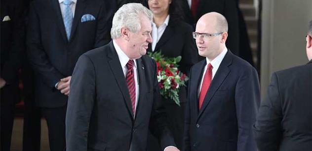Proč se Miloš Zeman a Bohuslav Sobotka najednou tak kamarádí? Napsal o tom někdo, kdo je v ČSSD poznal oba