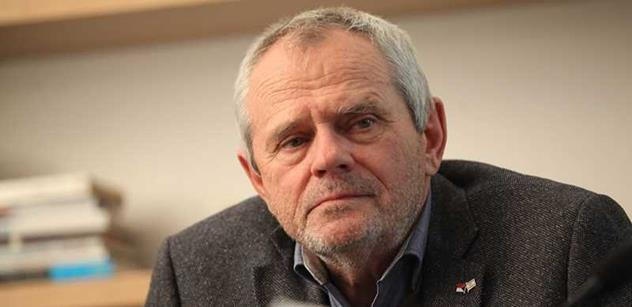 Milan Kňažko dostal prostor v ČT a krátce před volbami na Slovensku vypráskal Ficův Smer