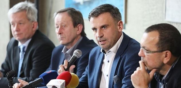 Kritici vedení ČSSD z platformy Zachraňme ČSSD chtějí přímou volbu předsedy