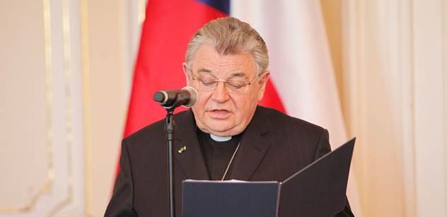 Kardinál Duka pochcal papeže. Takto náš primas pronikl do britských novin