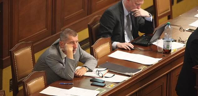 Poslanci budou schvalovat sporná omezení podnikání členů vlády