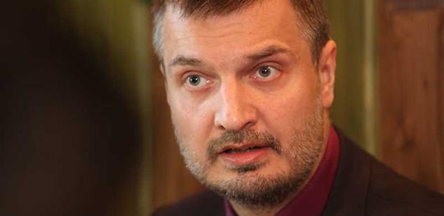 Petr (TOP 09): Rada v čele se Zelenými povolila kasina u škol a teď se zbaběle vyhnula vysvětlení