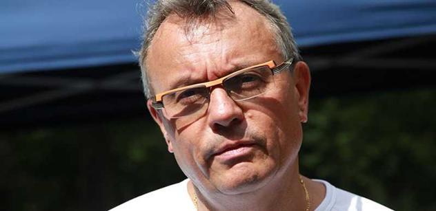 Vladimír Dlouhý v novinách ostře zkritizoval zvýšení minimální mzdy. Zaměstnanci toho prý budou litovat