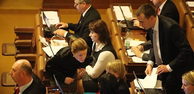 Kalousek je starý hrubián, hlásila Peake ve sněmovně. A jiné slavné výroky