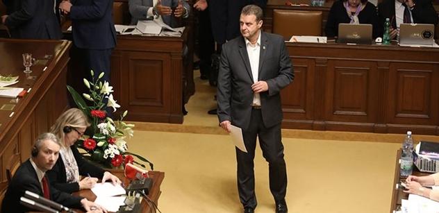 Michal Horáček má velmi špatný den. Sněmovna nevydala komunistu Ondráčka ke stíhání