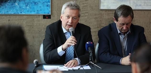 Za stáří Zdeňka Svěráka nemůže Putin. Právník Koudelka vzpomíná na studentský Listopad i na to, co se za 30 let povedlo