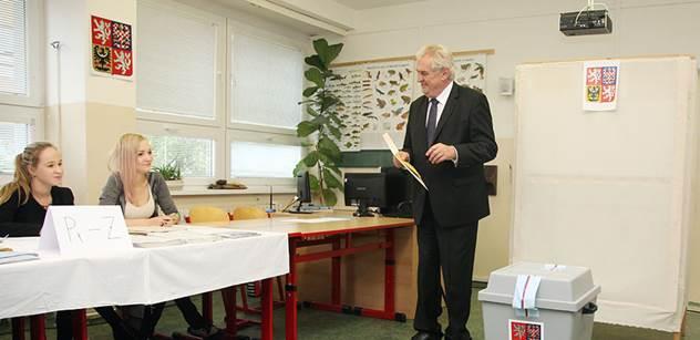 Zeman pogratuloval vítězům voleb, poražené vyzval k zamyšlení