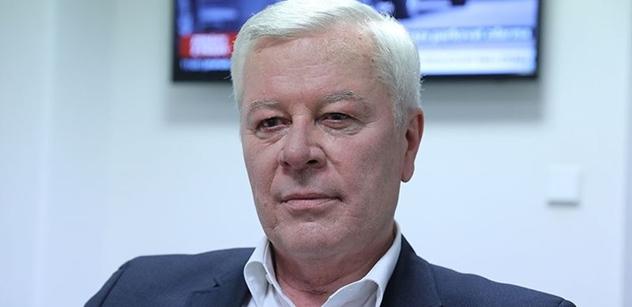 """Skála (KSČM): Trend vonící nadějí a špuntovky """"zleva"""""""