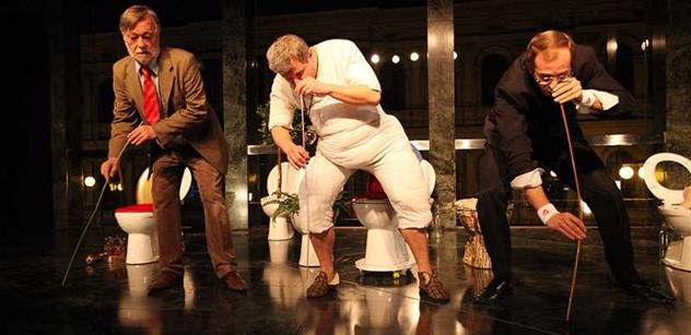 FOTO Šňupání Havlova popela, Nagyová s bičíkem. Herci předvedli v Národním kabaret o Zemanovi