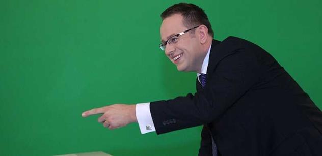 Moravec je televizní žvanil jak z pomocné školy. Moderátor to dál schytává za nedělní pořad