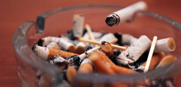 Zákaz elektronických cigaret je totální nesmyl, vystartoval Boris Šťastný