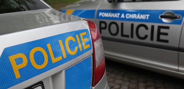 Česká policie po útocích zvýšila ostrahu obchodních center. Naší zemi ale zatím nebezpečí nehrozí
